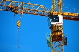 Crane slinger and signaller